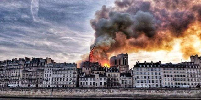 A Serious Fire Broke Out In Notre Dame de Paris